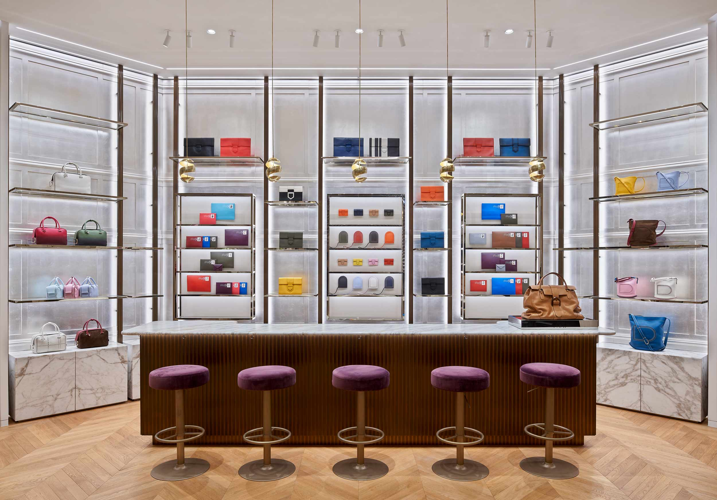 Delvaux-retail-flagship-store_K11-mall