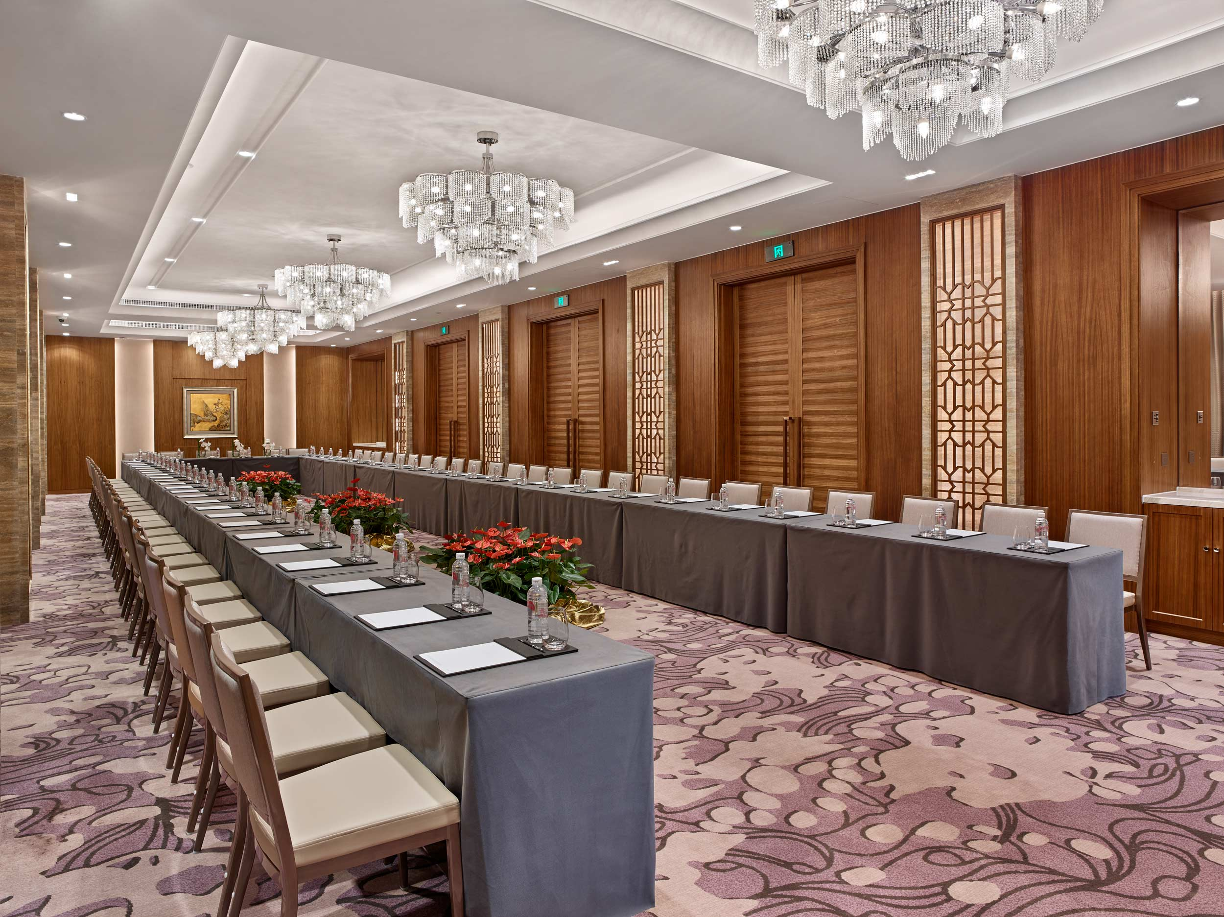 White-Swan-Hotel-meeting-room-